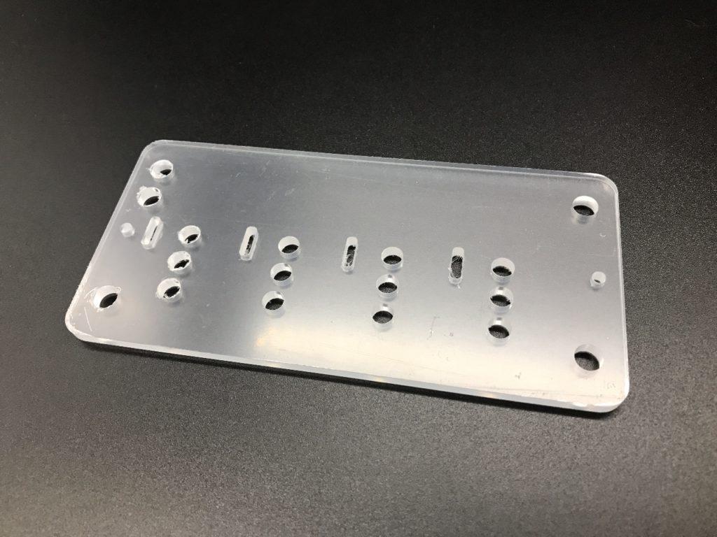透明アクリル4mmを加工した量産リピート品